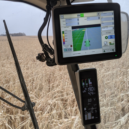 Data screen in tractor