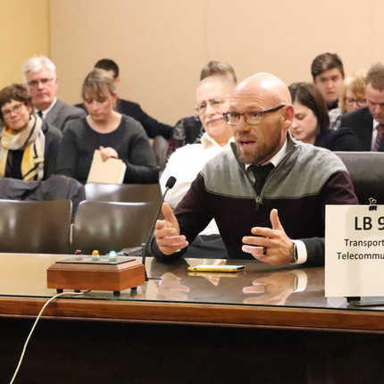 Mike Tabbert testifying at state legislative hearing